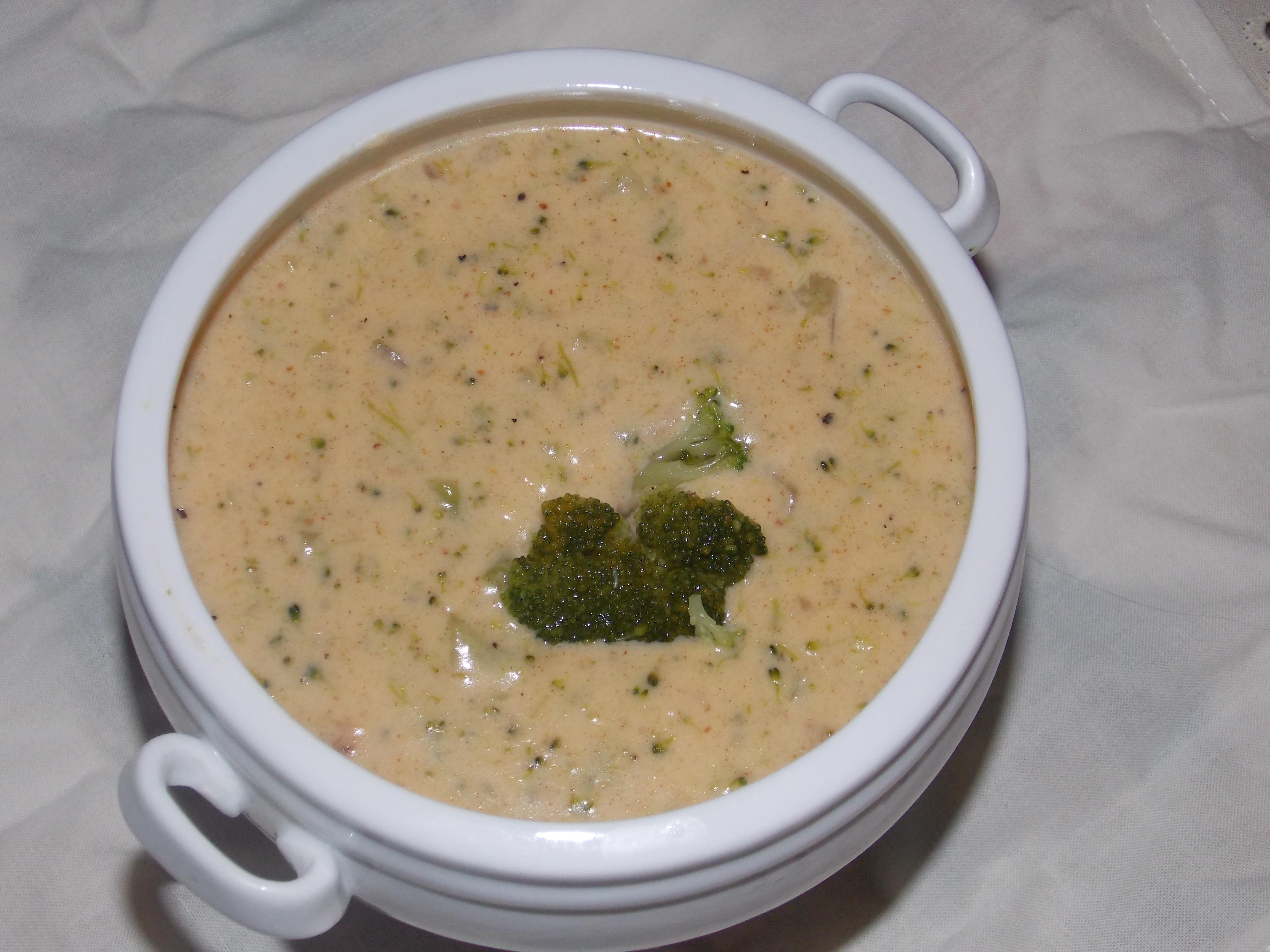 Gluten Free Cheddar BroccoliSoup